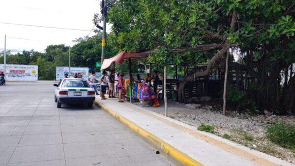Cancún: Humilde comerciante fue atracada con armas de fuego (VIDEO).