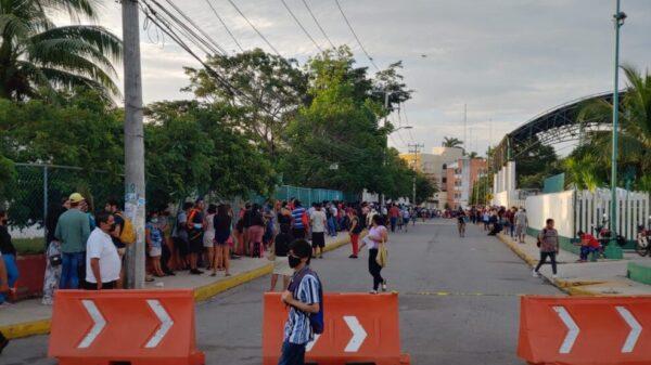 Cancún: Continúan vacunando a rezagados contra Covid; la próxima semana habrá jornadas.