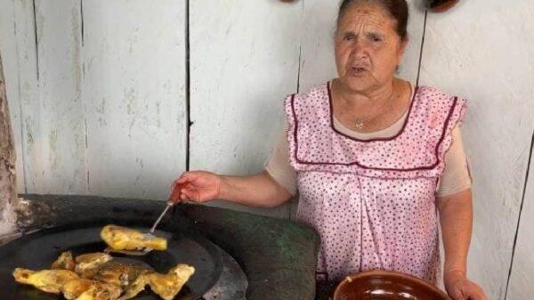 Doña Ángela impulsa a su hijo, nuera... y hasta a su comadre